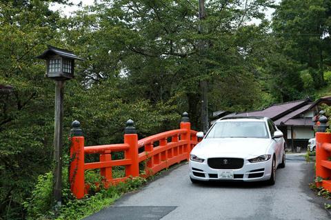 yoshino_Car_01.jpg