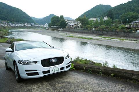 yoshino_Car_03.jpg